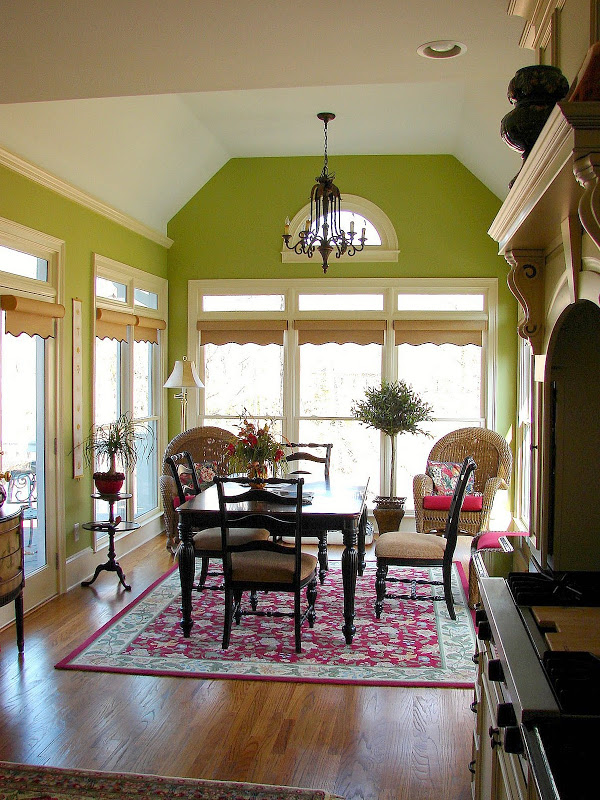 Breakfast-Room-StoneyBrooke-Homes-Inc-1