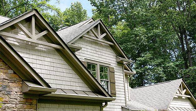 gable-detail-stoneybrooke-homes-inc